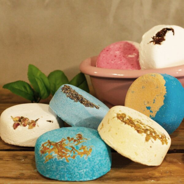 200g Floral Fizz Lay Back  and Languish Bath Bombs