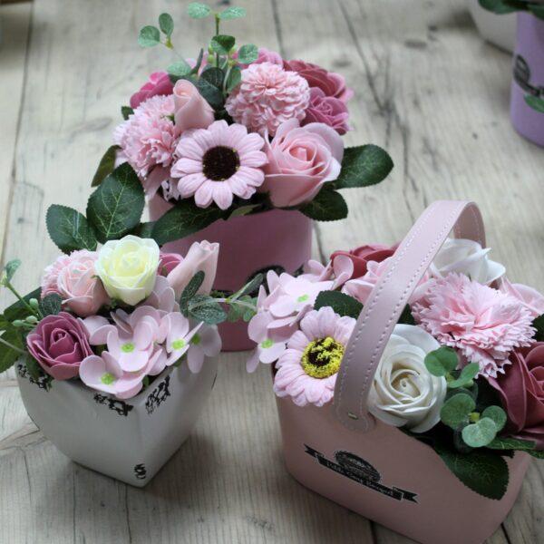Bouquet Petite Basket Peaceful Pink Bathtime